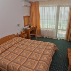 Отель Slavyanski 3* Стандартный семейный номер с двуспальной кроватью фото 5