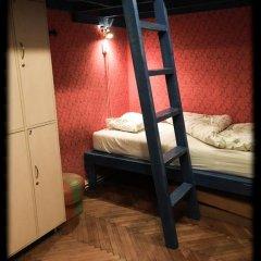 Baroque Hostel Кровать в общем номере с двухъярусной кроватью фото 3