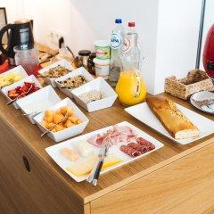 Отель Red & Breakfast питание