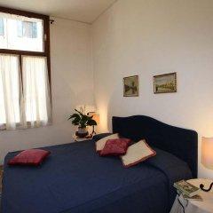 Отель Palazzo Contarini Della Porta Di Ferro Стандартный номер с различными типами кроватей фото 2