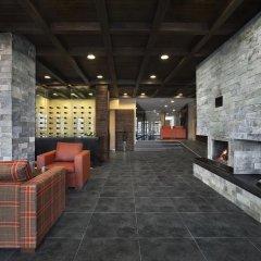 Отель St. George Ski & Holiday интерьер отеля