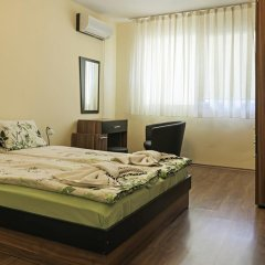 "Отель Guest House ""Momchil"" комната для гостей"