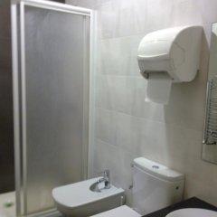 Отель Pensión Peiró 3* Стандартный номер с 2 отдельными кроватями (общая ванная комната) фото 11