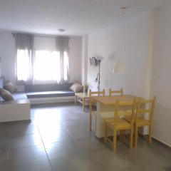 Отель Apartaments La Riera Испания, Курорт Росес - отзывы, цены и фото номеров - забронировать отель Apartaments La Riera онлайн в номере фото 2