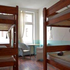 Отель Oskars Absteige Кровать в общем номере с двухъярусной кроватью фото 4