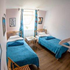 Хостел Angel Court Yard Кровать в общем номере двухъярусные кровати фото 37