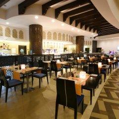 Отель The Ajman Palace питание фото 2