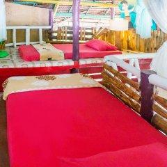 Leaf House Bungalow - Hostel Кровать в общем номере с двухъярусной кроватью фото 13
