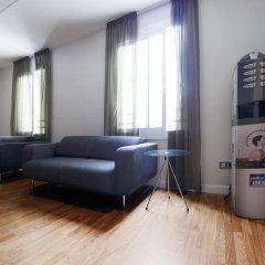 Отель Hostal Bcn Ramblas Стандартный номер с 2 отдельными кроватями фото 18