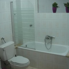 Отель PurpleHouse Номер Эконом разные типы кроватей (общая ванная комната) фото 4