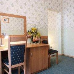Отель Polonia Palast 2* Стандартный номер с различными типами кроватей фото 8