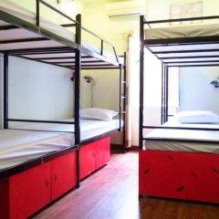 Hanoi Massive Hostel Кровать в общем номере с двухъярусной кроватью фото 5