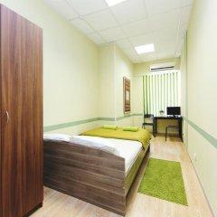 Мини-Отель Компас Стандартный номер с двуспальной кроватью (общая ванная комната) фото 15