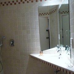 Отель Hôtel du Vieux Marais 3* Стандартный номер с различными типами кроватей фото 2