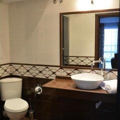 Отель VIP CLUB Dolphin Coast Болгария, Солнечный берег - отзывы, цены и фото номеров - забронировать отель VIP CLUB Dolphin Coast онлайн ванная фото 2