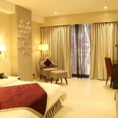 Отель The Flora Grand 4* Стандартный номер фото 5