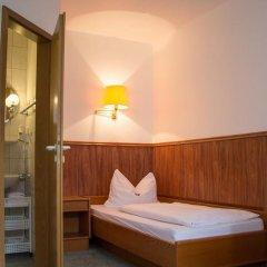 Hotel Wolmirstedter Hof 3* Стандартный номер с различными типами кроватей фото 6