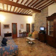 Отель La Torre Useppi Италия, Сан-Джиминьяно - отзывы, цены и фото номеров - забронировать отель La Torre Useppi онлайн комната для гостей фото 5
