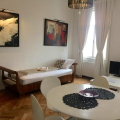 Апартаменты Kunsthaus Apartments Вена комната для гостей