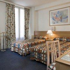 Отель Hôtel de Suez 2* Улучшенный номер с различными типами кроватей фото 4