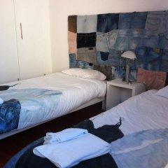 Отель Peniche Surf House Португалия, Пениче - отзывы, цены и фото номеров - забронировать отель Peniche Surf House онлайн комната для гостей фото 2