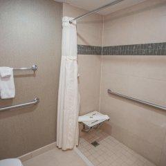Отель DoubleTree by Hilton - Chelsea США, Нью-Йорк - 8 отзывов об отеле, цены и фото номеров - забронировать отель DoubleTree by Hilton - Chelsea онлайн ванная фото 2
