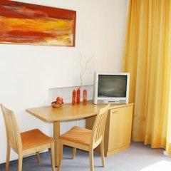 Отель Pension Martha Лана удобства в номере