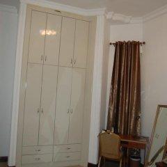 Kingsbridge Royale Hotel 3* Стандартный номер с различными типами кроватей фото 8