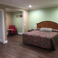 Отель American Inn & Suites LAX Airport 2* Стандартный номер с различными типами кроватей фото 4