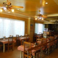 Отель Boracay Breeze Hotel Филиппины, остров Боракай - отзывы, цены и фото номеров - забронировать отель Boracay Breeze Hotel онлайн питание