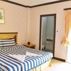 Отель B & L Guesthouse 3* Улучшенный номер с разными типами кроватей фото 13
