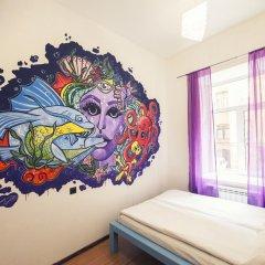 Pururoom Hostel Стандартный номер двуспальная кровать (общая ванная комната) фото 5