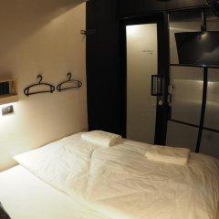 Отель Box Poshtel Phuket Стандартный номер с различными типами кроватей фото 5