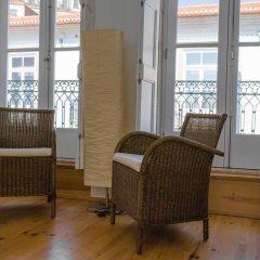 Апартаменты Charm Apartments Porto комната для гостей