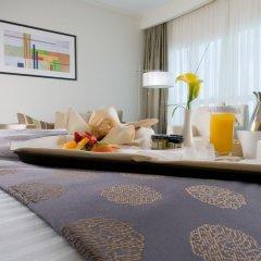 Отель Grand Millennium Al Wahda в номере фото 2