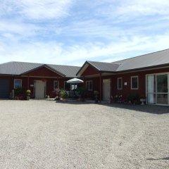 Отель Kauri Lodge парковка