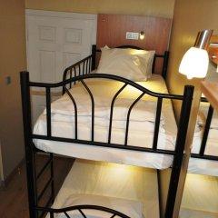 Хостел Antique Номер Эконом 2 отдельные кровати фото 7