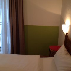 Отель Pension Lindner Германия, Мюнхен - отзывы, цены и фото номеров - забронировать отель Pension Lindner онлайн комната для гостей фото 5