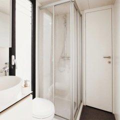 Отель VIPliving Houseboat Прага ванная