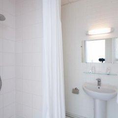 Отель Helvetia ванная
