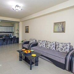 Апартаменты FlatsInYerevan - Apartments at Aram Street (New Building) в номере