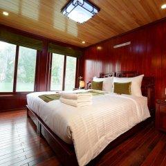 Отель Halong Royal Palace Cruise 3* Номер Делюкс с двуспальной кроватью фото 2