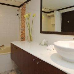Отель Grand President Bangkok ванная фото 2