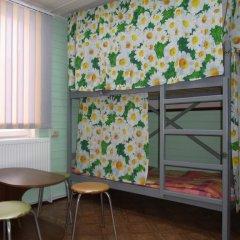 Hostel Favorit Кровать в общем номере с двухъярусной кроватью фото 13
