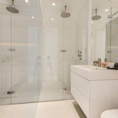 Отель Sweet Inn Place des Vosges Париж ванная фото 2