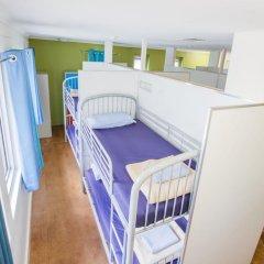 Отель Bunk Backpackers Кровать в общем номере с двухъярусной кроватью фото 16