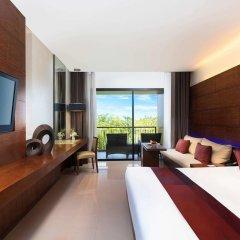 Отель Novotel Phuket Kata Avista Resort And Spa 4* Улучшенный номер двуспальная кровать фото 2