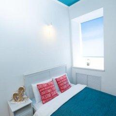 Гостиница Жилое помещение Влюбиться Стандартный номер с двуспальной кроватью (общая ванная комната) фото 9