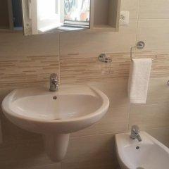 Отель Casa Vacanze Barnaba Италия, Сиракуза - отзывы, цены и фото номеров - забронировать отель Casa Vacanze Barnaba онлайн ванная