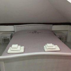 Отель Guesthouse Athos 2* Стандартный номер с двуспальной кроватью (общая ванная комната)